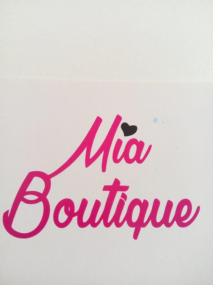 Logotipo Mía Boutique